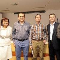 Con Encarnita García Álvarez, Ginés Aniorte, J. A. Bascuñana y José Belmonte en la entrega del premio Libro murciano del año (2010)
