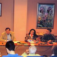 Presentando Lunas de papel. Con M. J. Sánchez Vázquez y Juana M. Saura